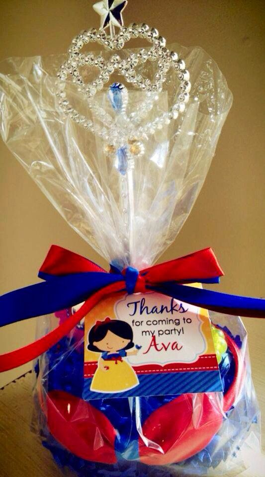 White princess favors by rizOHcollection on Etsy, $7.65
