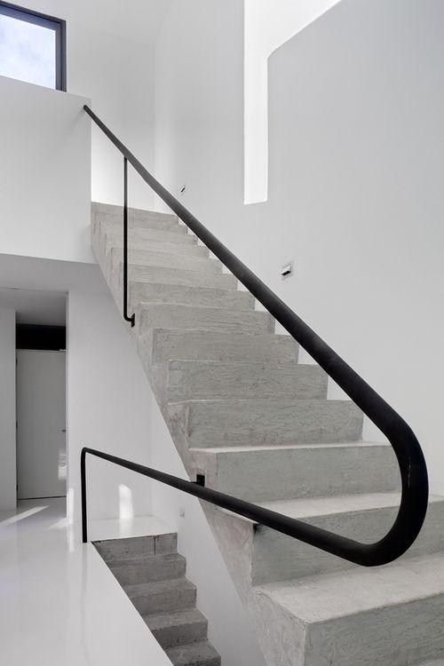 Escaliers en béton - Concrete stairs                                                                                                                                                     Plus
