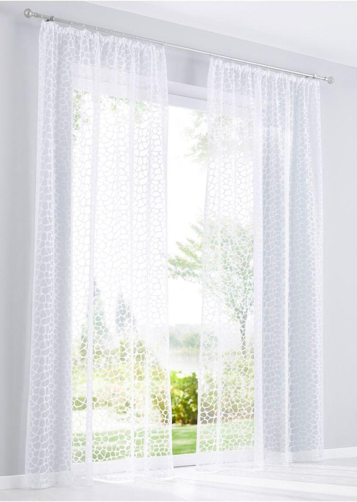 """Se nu:Med den här gardinen ramar du snyggt in ditt fönster. Oavsett om du väljer den neutrala helvita färgen eller den trendiga gråbruna nyansen är gardinen """"Tabea"""" alltid rätt val. Den passar i många olika rum och kan med sin neutrala design matchas med många olika inredningsstilar. Det högklassiga jacquardmaterialet är lättskött och vackert transparent samtidigt som det ändå erbjuder insynsskydd. Med gardinen """"Tabea"""" stylar du om ditt fönster på ett kick."""