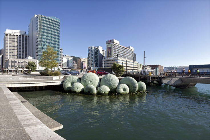Kina sculpture in Wellington, New Zealand, by Michael Tuffery