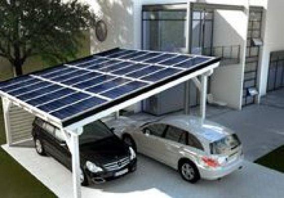 Effizienter Carport Mit Solarpanels In Ein Carport Kann Ein Schuppen Oder Ein Dachboden Integriert Werden Es Gibt Ca Stahlschuppen Solar Carport Carport Holz