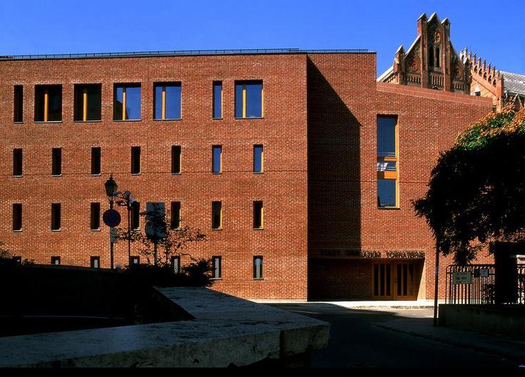 High Court of Justice Debrecen, arch: Koller, Csatai, Petho, Földes  brick facade, elevation. Contemporary architecture design
