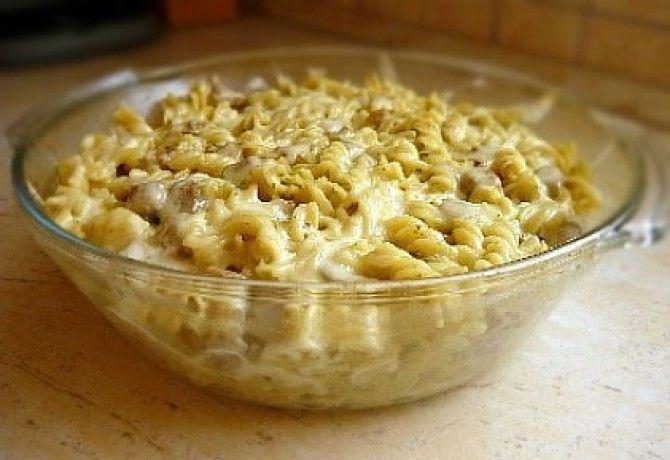 Mustáros-tárkonyos pulykaragu fusillivel recept képpel. Hozzávalók és az elkészítés részletes leírása. A mustáros-tárkonyos pulykaragu fusillivel elkészítési ideje: 60 perc