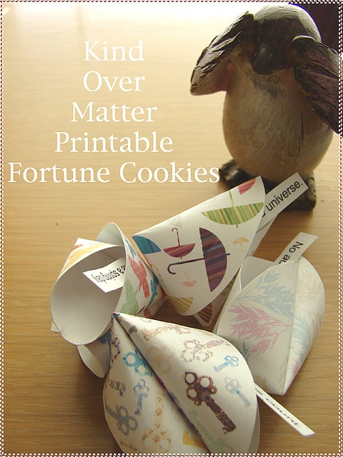 paper fortune cookies {printables}