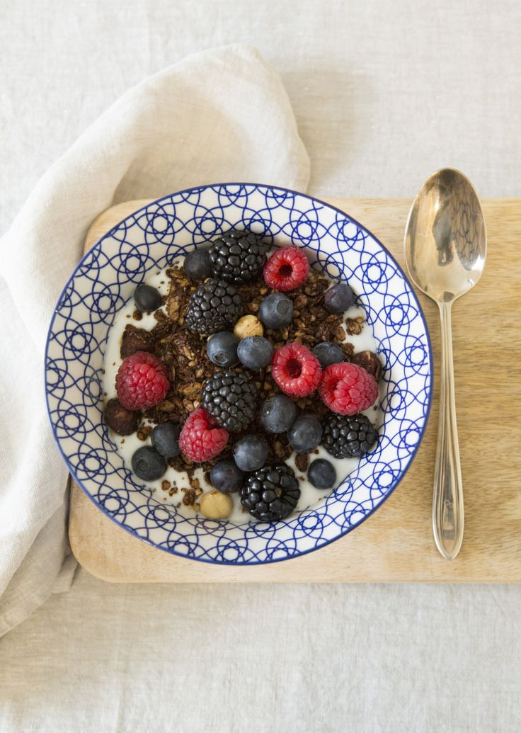 the perfect breakfast: coconut yoghurt with homemade chocolate hazelnut granola and fresh berries