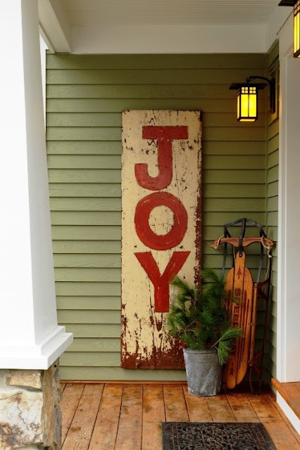 Front Door: Christmas Signs, Front Doors, Joy Signs, Porches Ideas, Holidays Decor, Christmas Porches, Christmas Decor, Wooden Signs, Front Porches