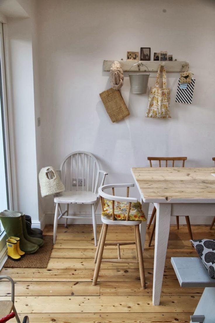 Home of the case junkaholique chez artemis dining for Artemis kitchen designs