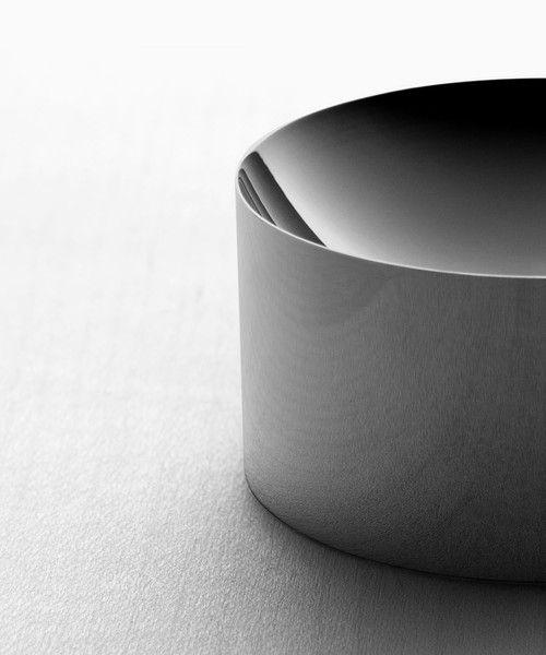 Dish 60: Black Nickel