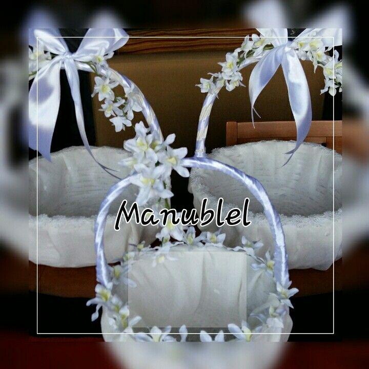 Cestas decoradas para bodas,bautizos,comuniones.... Buscame en Facebook . Manubel