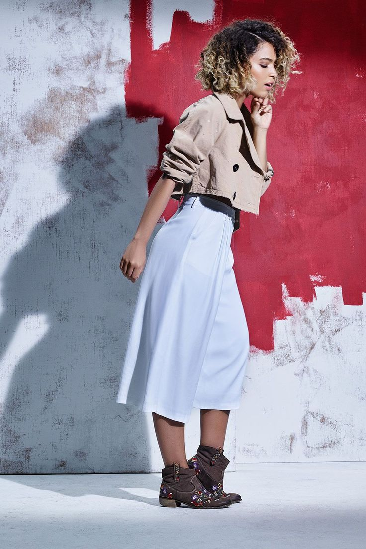 """The Best Styling Tricks From Around The World #refinery29  http://www.refinery29.com/travel-inspired-fashion-tips#slide-11  Style Influence: Mediterranean BohoHow is this outfit inspired by your travels?"""""""