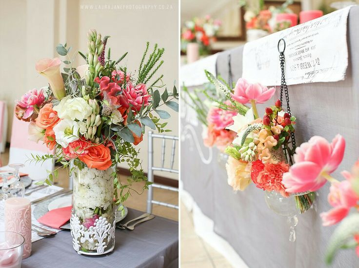 Decor - overhanging vases on the main table