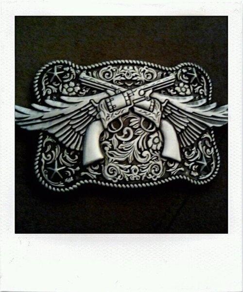 love this belt buckle