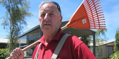 Meet the $102 million caretaker. Having been underpaid $110 each week since the introduction of the Novopay payroll system, Ronnie Moffat of Mt Aspiring College in Wanaka has now learned he's in line for a $102,772,800 holiday pay packet.    The balance suddenly swung in Mr Moffat's favour when he decided to use up some leave.    He applied for 26 days' holiday pay and when he received his education services payslip, found it showed an hourly rate of $658,800.