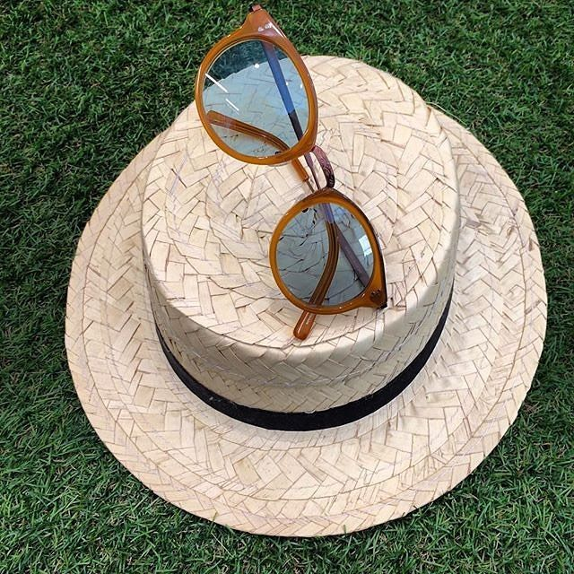Hat & Glasses: always a perfect couple! Thanks to pop_glass for sharing this pic on Instagram.