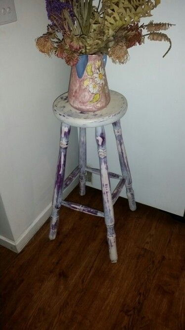 5 dollar opp shop stool