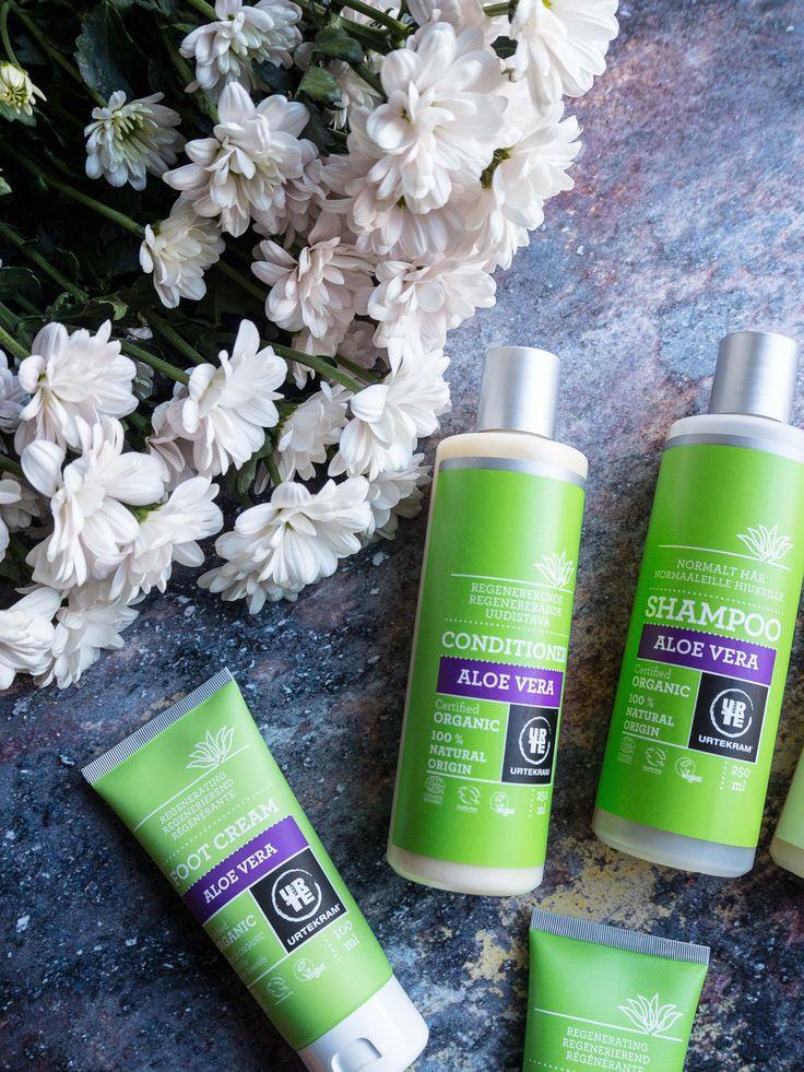 Økologisk hudpleje uden kemi? Læs om 12 fantastiske hudplejeprodukter lavet på 100 % naturlige ingredienser - uden parabener og vegansk.