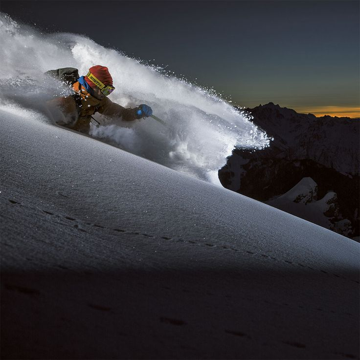 Early powder mission for Mika Merikanto.⛰️  #levelgloves  #powderweloveit #skigloves  📷  Tero Repo