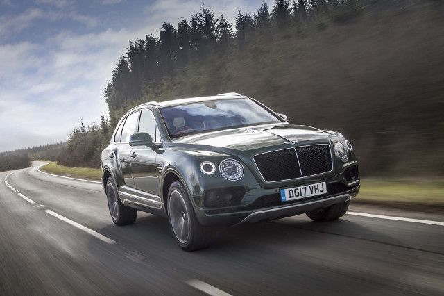 Buyers of the Bentley Bentayga will no longer need to feel guilty lugging their 2-ton-plus luxury SUVs around town as a plug-in hybrid option is coming up shortly. Bentley recently confirmed to Automotive News (subscription required) that a plug-in hybrid Bentayga will debut in March at the 2018 Geneva International Motor Show. It will make the automaker…