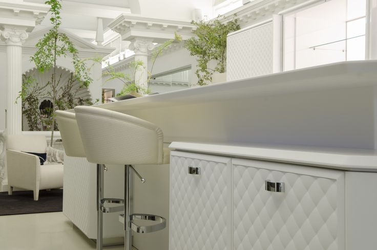 91 best images about elementi decorativi in gesso on for Repliche lampade design