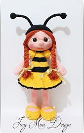 Ravelry: Amigurumi Bee Girl pattern by Tiny Mini Design