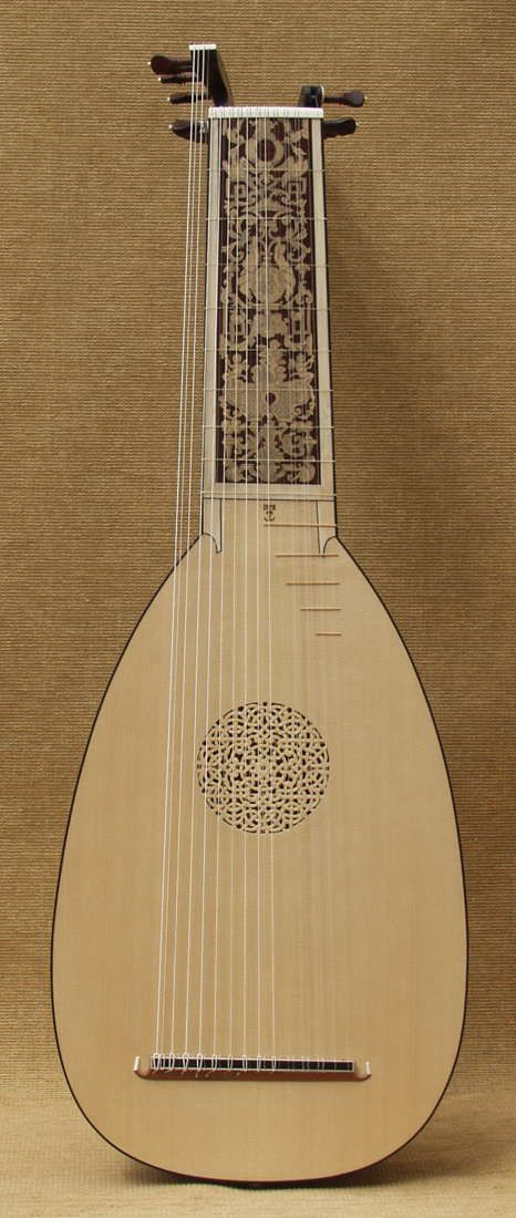 a 14 course Van Edwards lute