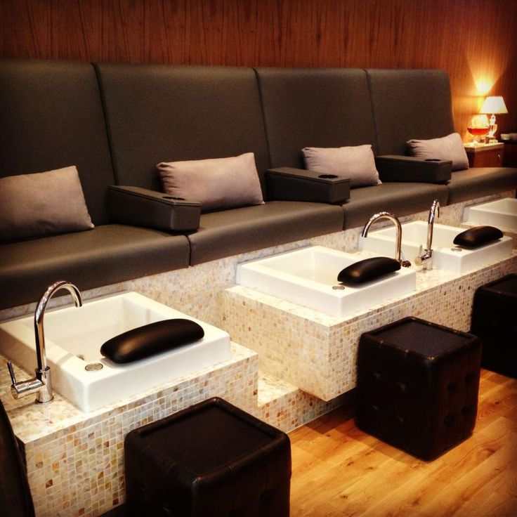 First love pedicure bench with portable armrest with for Nail salon benches