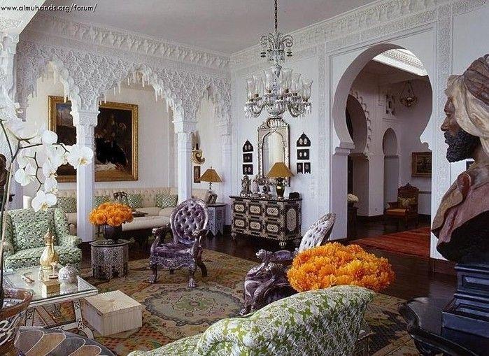 Дизайн интерьера квартиры, выполненный в арабском стиле, подчеркнет