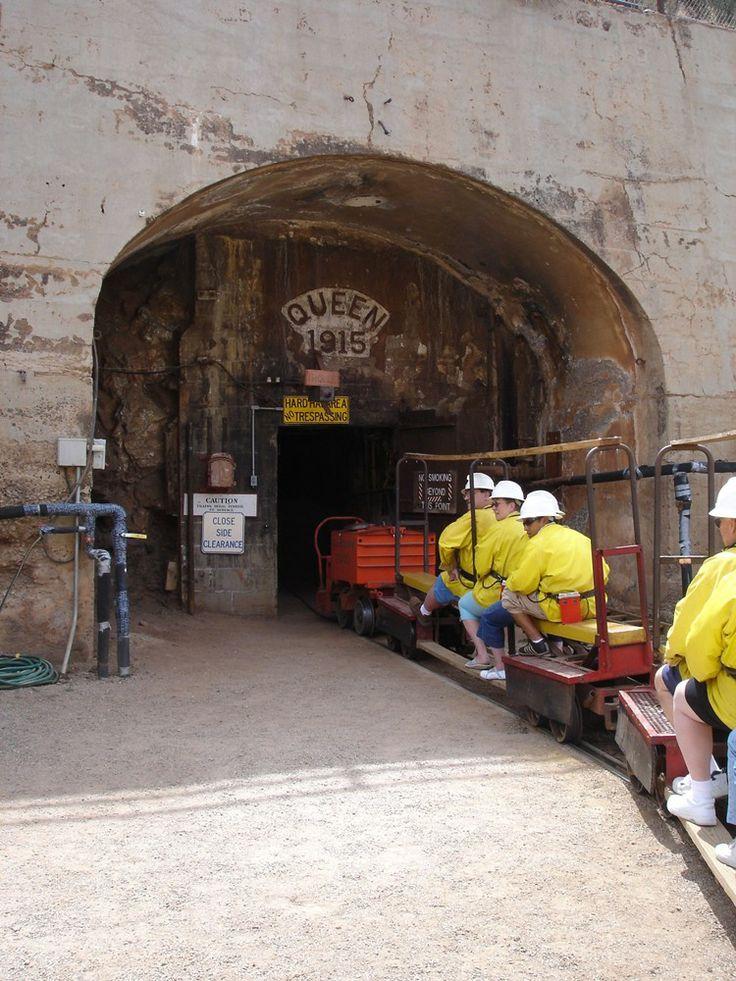 English In Italian: Copper Queen Mine Guide, Facts & History
