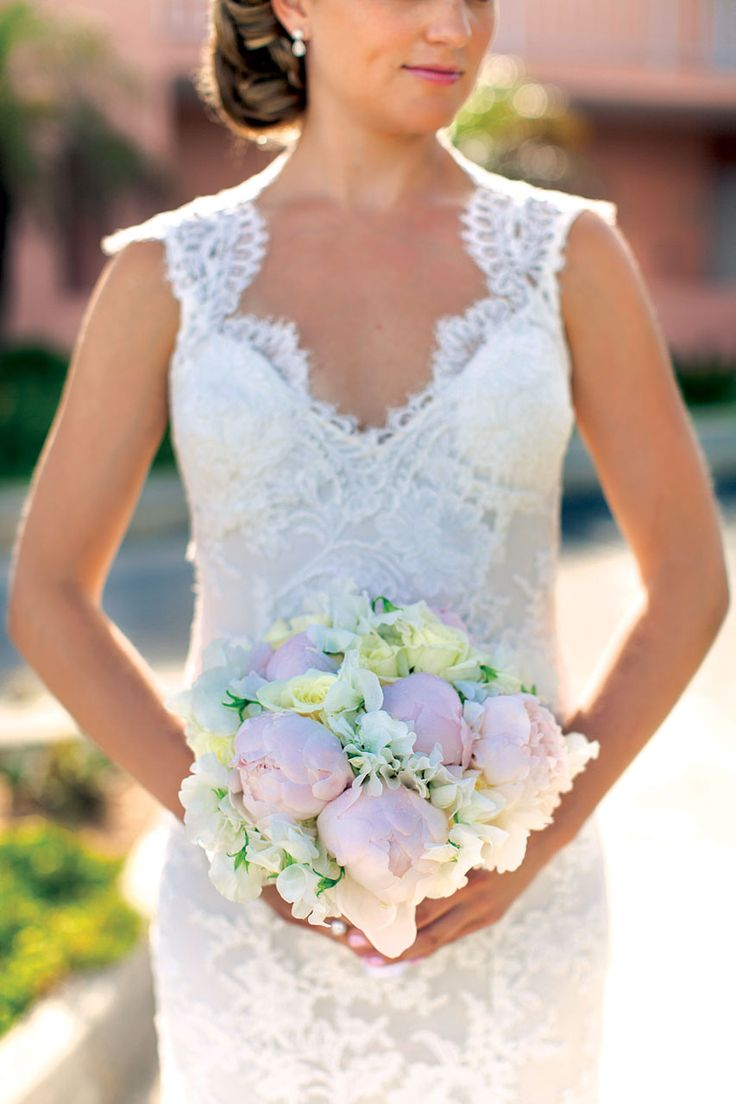Powder pink and white roses and peonies