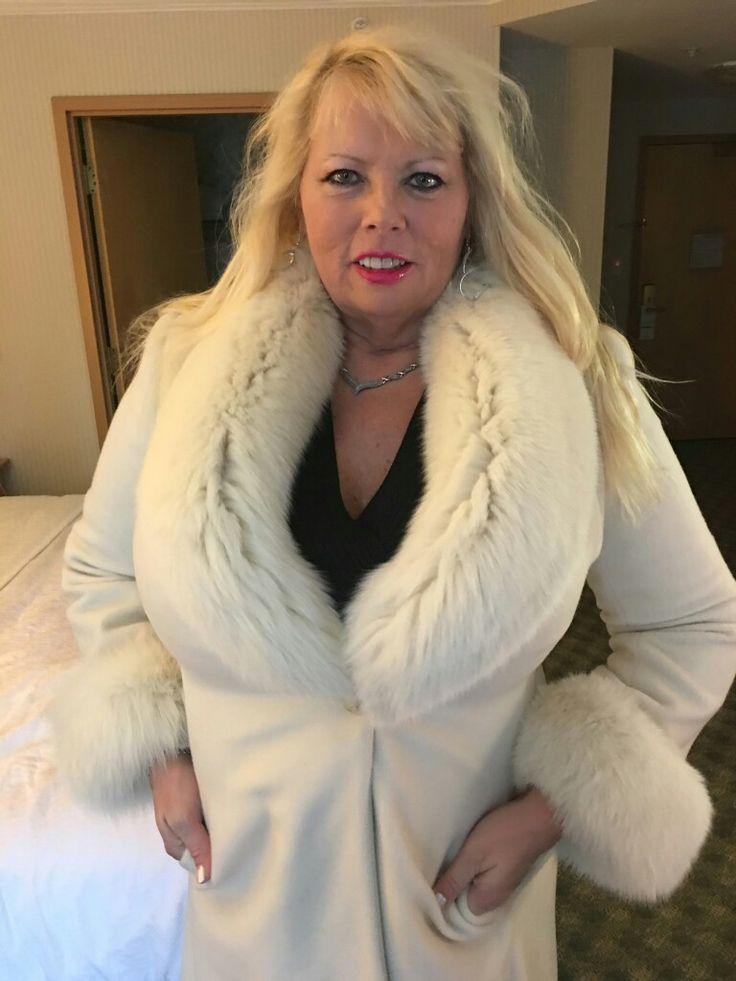 527 Best Anziehsachen Images On Pinterest Fur Fur Coats