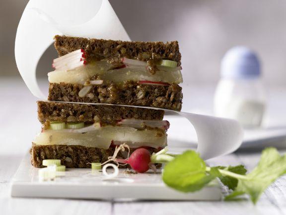 Limburger Rye Bread Sandwich with Radish and Mustard | Eat Smarter
