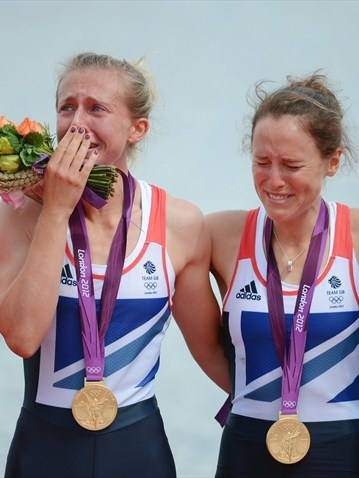 Katherine Copeland and Sophie Hosking of Great Britain celebrate Gold! Womens lightweight double  #rowing #oylmpics