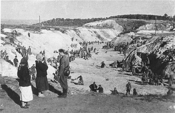 Photo of  Babi Yar in 1941