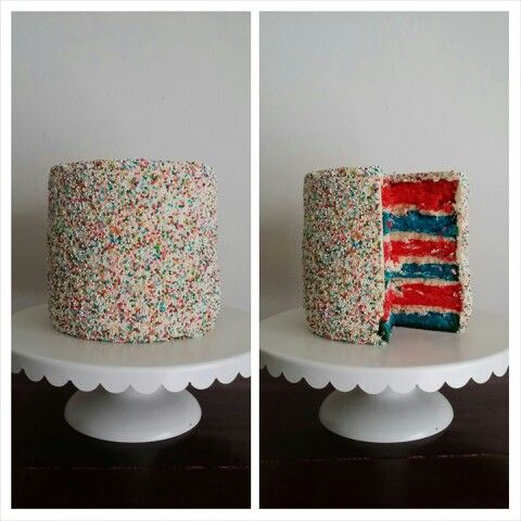 Discodip-taart met gekleurde lagen! (15 cm hoog)
