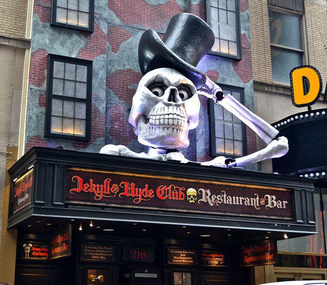 Jekyll and Hyde Club :: New York City