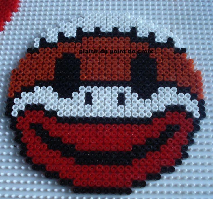 17 meilleures images propos de smiley sur pinterest perles repasser perles hama et - Smiley perle a repasser ...