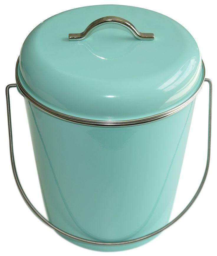 Les 25 meilleures id es de la cat gorie poubelle salle de for Poubelle salle de bain en bois