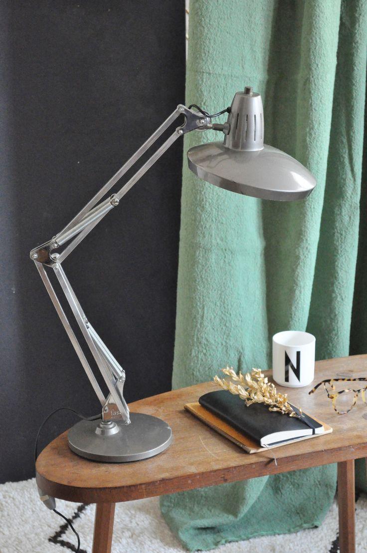 les 25 meilleures id es de la cat gorie lampe articul e sur pinterest led diy luminaire sur. Black Bedroom Furniture Sets. Home Design Ideas