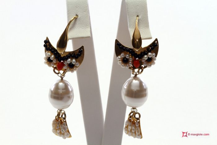 Owl Earrings [Perle, Corallo, Onice] Gold Plated SilvOrecchini Gufo [Perle, Corallo, Onice] in Argento placcato Oro #jewelery #luxury #trend #fashion #style #italianstyle #lifestyle #gold #store #collection #shop #shopping  #showroom #mode #chic #love #loveit #lovely #style #all_shots #beautiful #pretty #madeinitaly