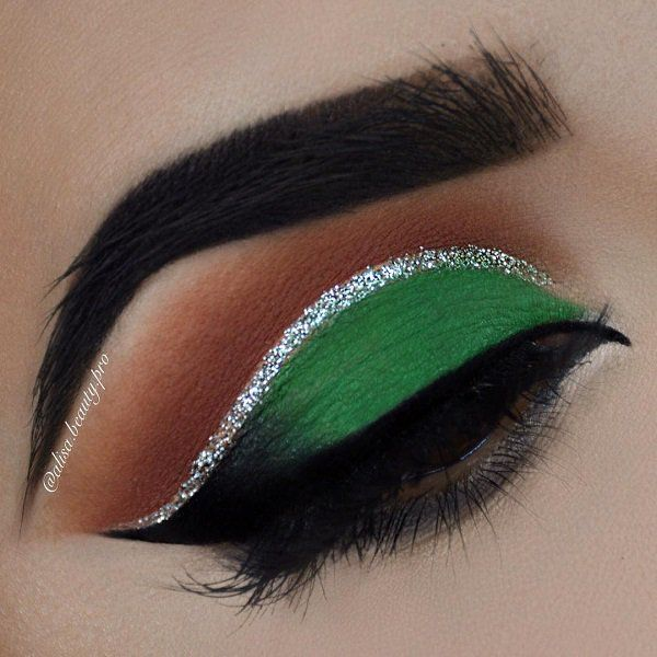 Eye shadow colors that are opposite to color of the eyes, will emphasize the view so that you do not leave anyone indifferent.