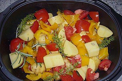 Kartoffeln mit Paprika und Tomaten