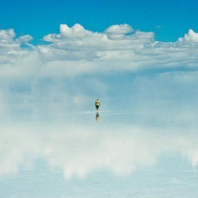 ウユニ塩湖 空中散歩