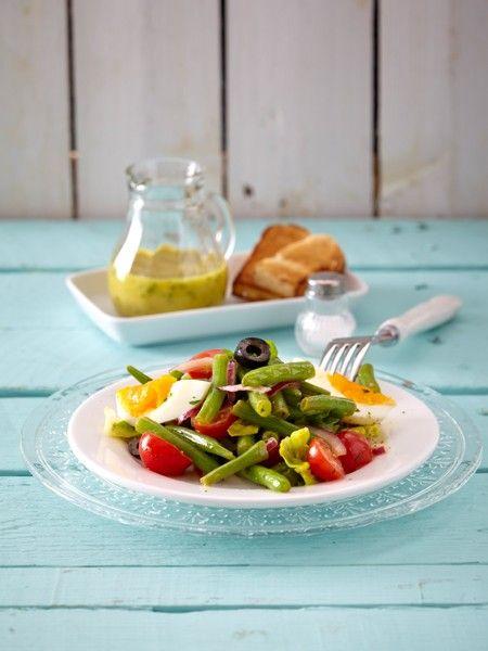 Experten sind sich einig: Die Eiweiß-Diät ist das ultimative Schlank-Mittel. Mit unseren 12 neuen Eiweiß-Diät Rezepten kommen Sie schnell in Form.
