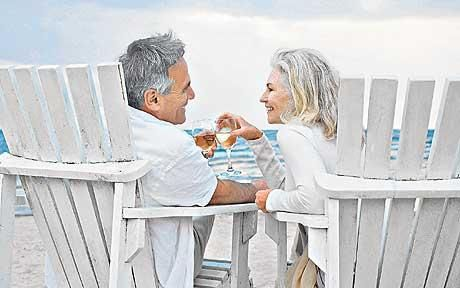 Couple travel photography | older couple on holiday - Travel insurance claims not to discriminate ...