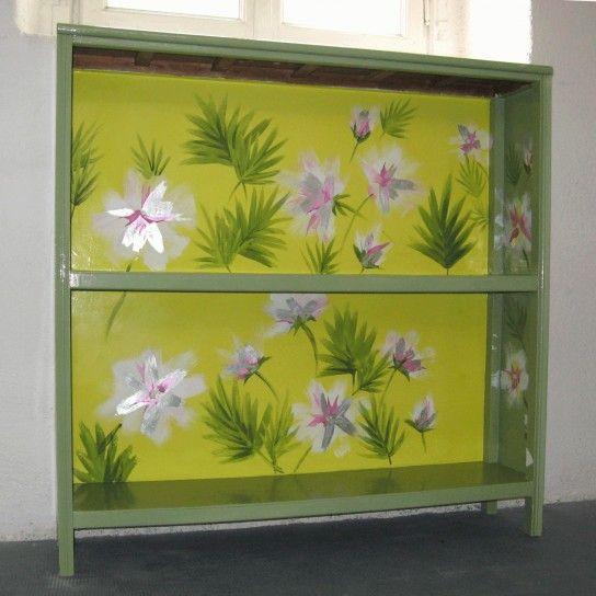 Oltre 25 fantastiche idee su dipingere mobili vecchi su pinterest mobili vernice lavagna - Decoupage su mobili vecchi ...