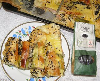 W Mojej Kuchni Lubię.. : na szybki obiad parówki we francuskim cieście z cz...