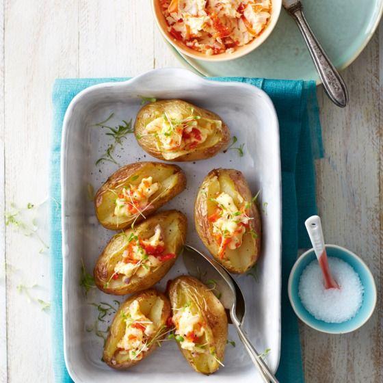 Gepofte aardappelen met peppadewboter en tuinkers Productfoto ID Shot 560x560