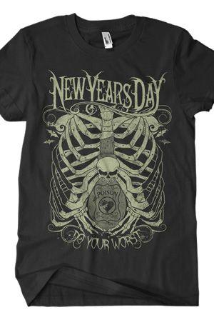 MOTLEY CRUE Vintage Band Tee Music T-shirt Worn Torn Distressed Faded Tee Merchandise 2000's Retro Icon Rocker Unisex Estate Thrift Find hAU4WxeM2b