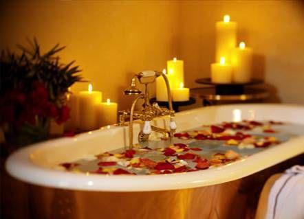 bañera con flores