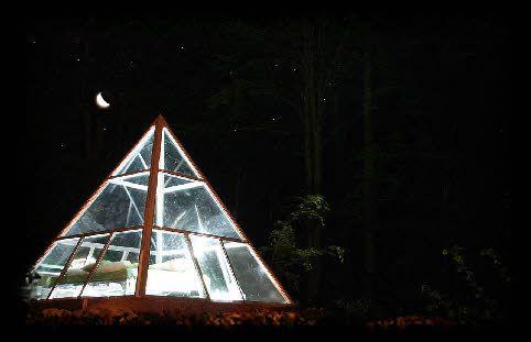Nuit insolite dans la Pyramide à la Ferme Aventure dans les Vosges